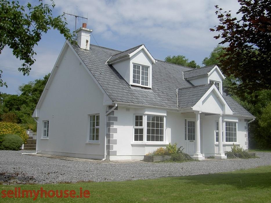 Clonamirran cottage dormer bungalow for sale in for Cottages and bungalows for sale