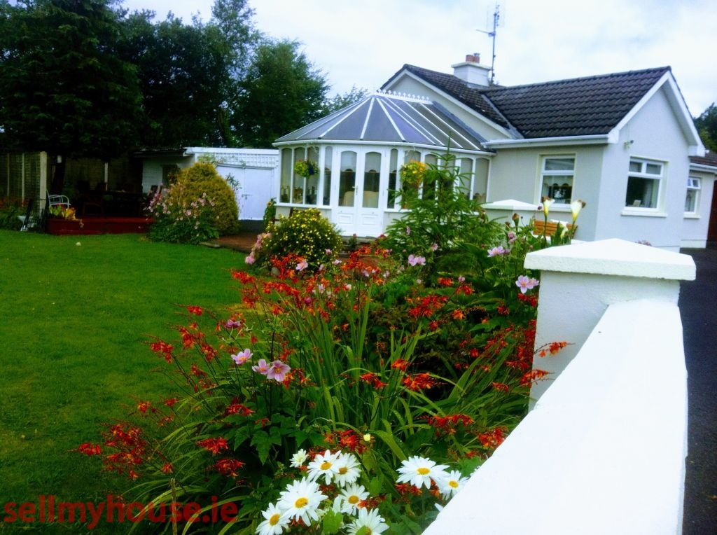 3 Bed detached bungalow for sale in Ballindine, Mayo