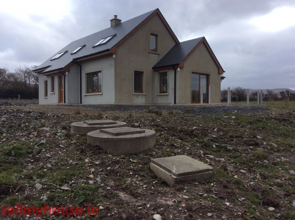Cahersiveen detached 3 bed house for sale privately