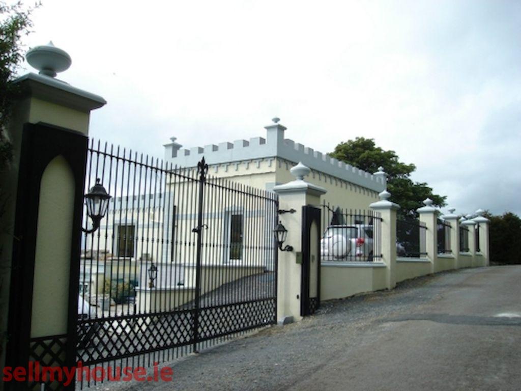 Ballincurragh House
