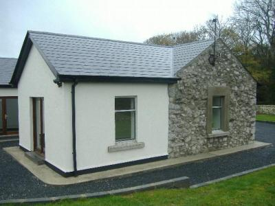 Stone Cottage at Ballyea Cottage for sale privately by owner in